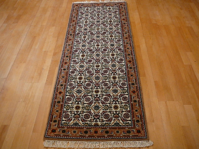 13503 Bidjar Agra rug India 6.2 x 2.4 ft / 189 x 72 cm