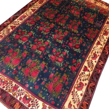 12046 Afshar Sirjan vintage rug Gol Farang design 7.8 x 5.1 ft / 238 x 156 cm