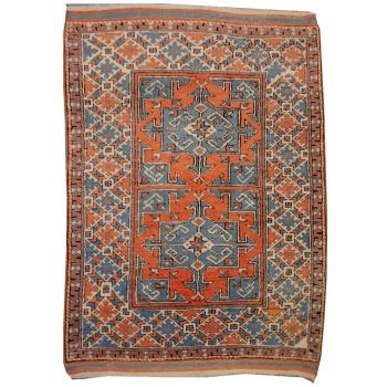 13808 Bergama vintage rug Turkey 4.6 x 3.3 ft / 141 x 100 cm