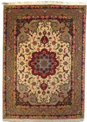 Persian Rug Tabriz 7 x 5 ft wool and silk carpet