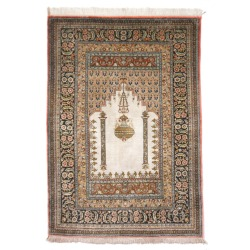 Qum Silk rugs - Kentucky, Chula Vista, Milwaukee, Norfolk, Portland, Orlando, Las Vegas, Chandler