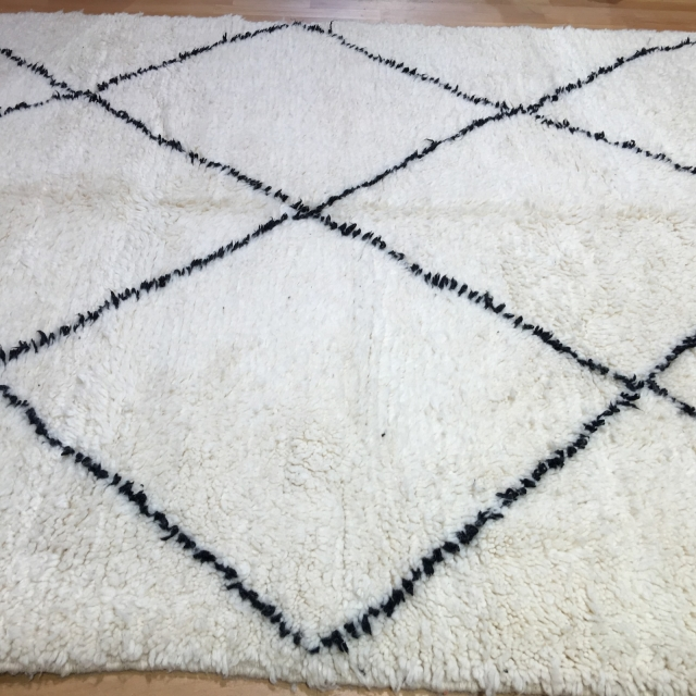 14984 beni ourain 230 x 170 cm berber teppich marokko weiss schwarz. Black Bedroom Furniture Sets. Home Design Ideas