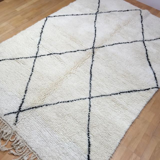 berber teppiche djoharian boushrouit zemmour beni ourain shrouit azilal. Black Bedroom Furniture Sets. Home Design Ideas